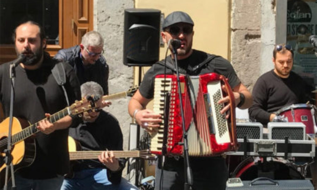 "Vico Masuccio: ""folkster"" salernitani al loro esordio discografico"