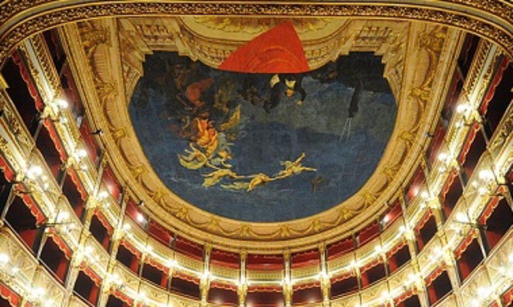 """M5S: """"Cultura, fondi regionali concentrati sul teatro Verdi di Salerno"""""""