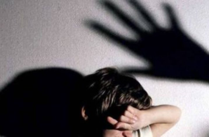 Abusi su una minore, il giudice accoglie la costituzione di parte civile del Comune e di Fedra