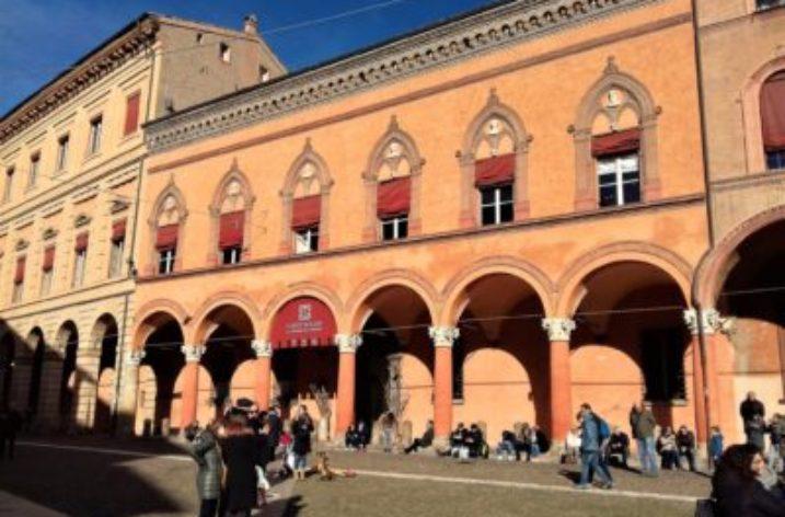 Corte Isolani a Bologna: un cammino nella Storia