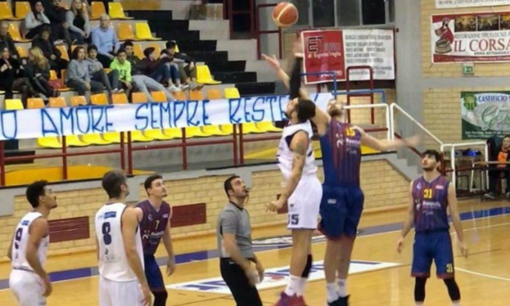 La Renzllo Lars Salerno viene beffata da Cassino, gli ospiti vincono di un punto (74-75) al PalaSilvestri