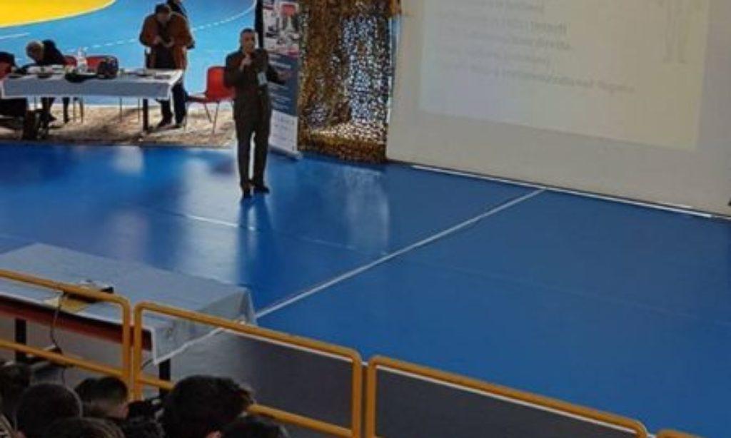 """A Salerno: oltre 400 studenti a lezione di sicurezza stradale con """"Sii Saggio, Guida sicuro"""""""