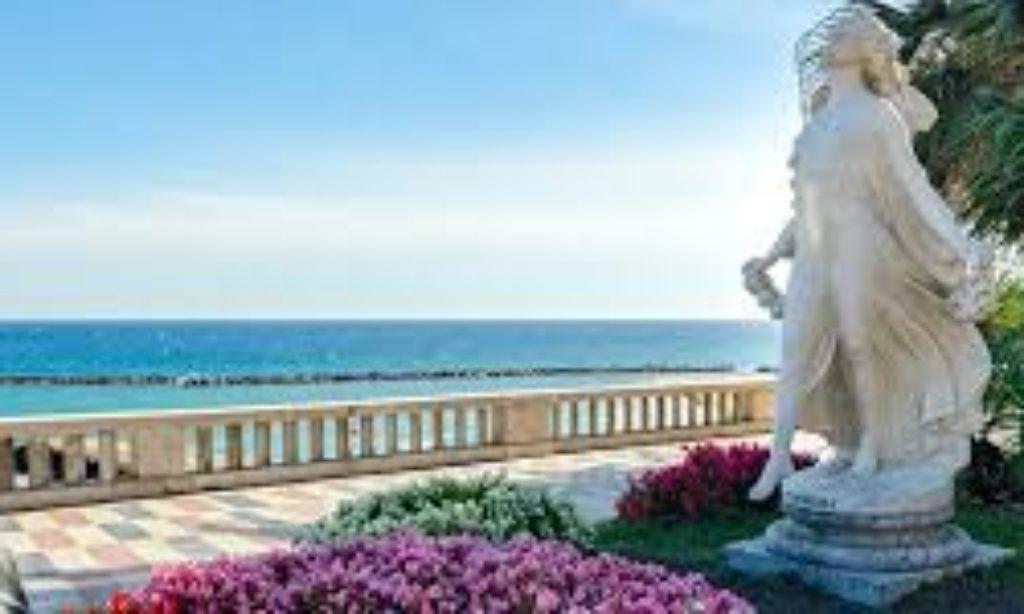 Sanremo: un incanto tra fiori, musica, gioco e teatro