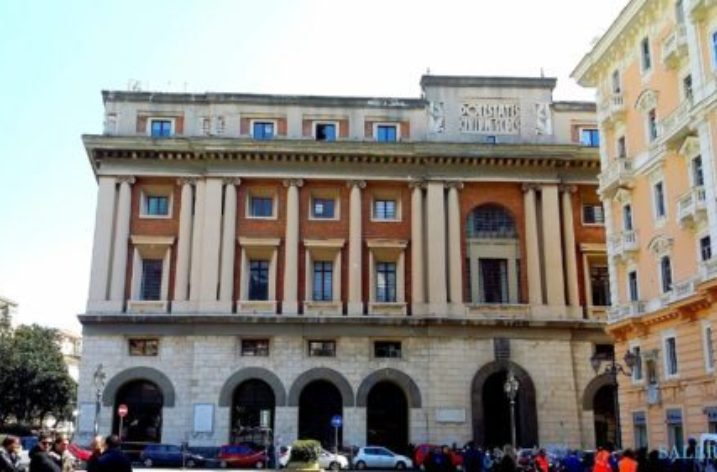 """Shine a light on NF"""": Palazzo di Città si tinge di blu giovedì 18 maggio"""