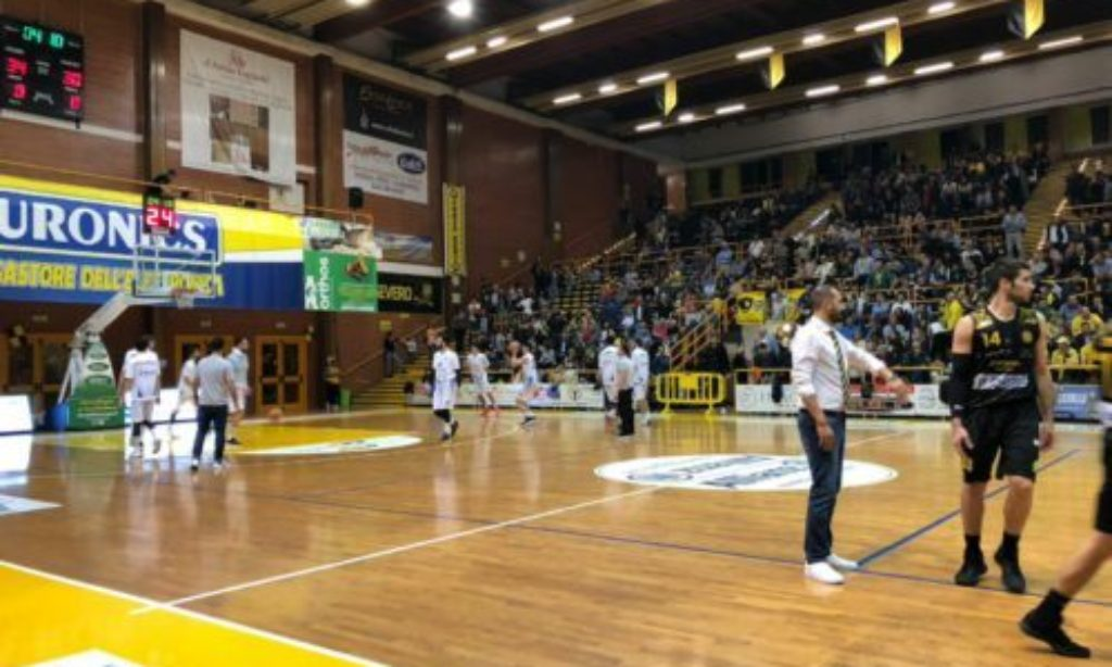 Play off: La Cestistica San Severo vince ancora