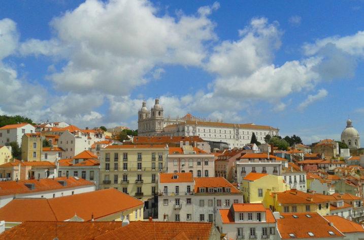 Lisbona, tutti i colori in una poesia di Pessoa