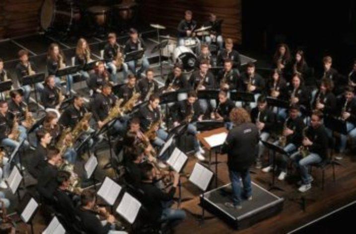 Stasera 23 Luglio, La Sonora Junior Sax nella Villa Comunale i Vietri sul Mare