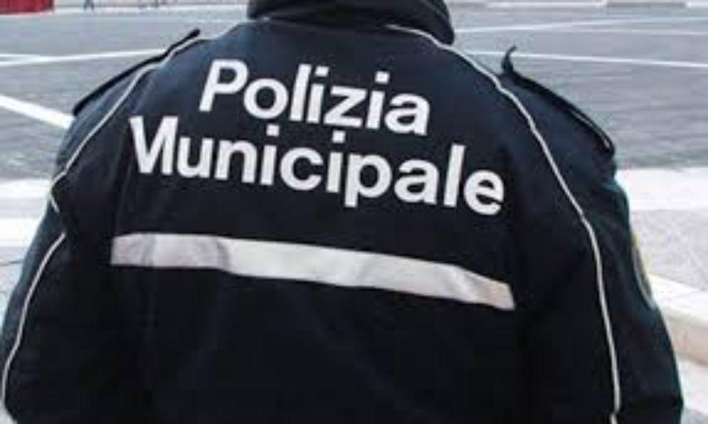 Giffoni Valle Piana, polemiche su concorso per tre vigili stagionali.