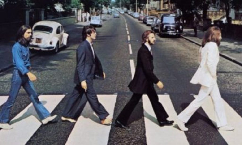 Dai Beatles a Peanuts: le strisce più famose del mondo