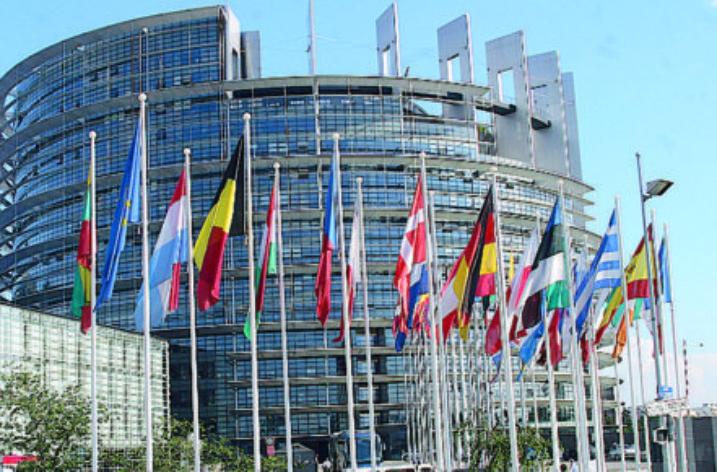 Strasburgo: Dall'Unione europea il via libera al Corpo Europeo di Solidarietà