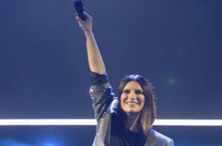 25 e 26 settembre doppio sold out per Laura Pausini al PALASELE