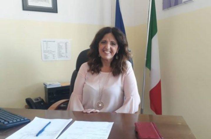"""Dal Secondo Circolo di Cava al Tecnico """"Guglielmo Marconi"""": intervista alla Preside Pasqua Cappiello."""