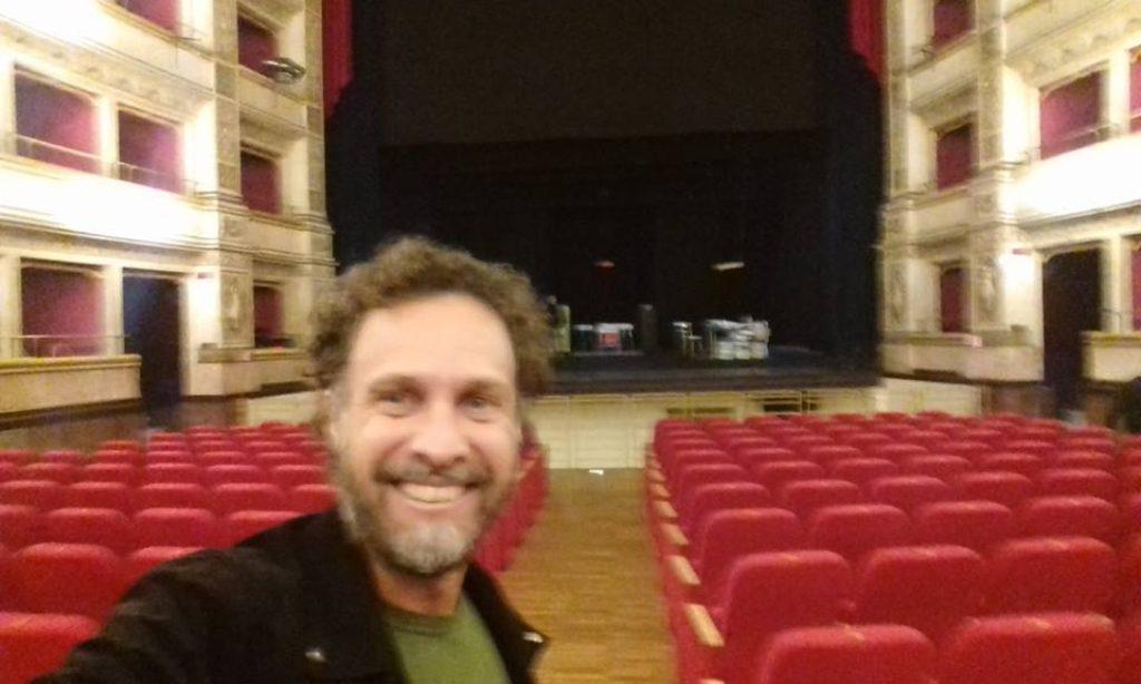 Tra TV e Teatro: l'attore Fabrizio Coniglio si racconta