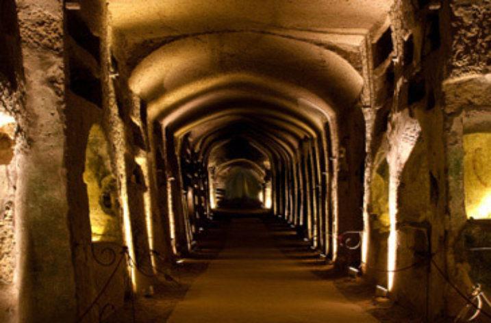 Catacombe di San Gennnaro: Il Vaticano chiede la metà degli incassi.