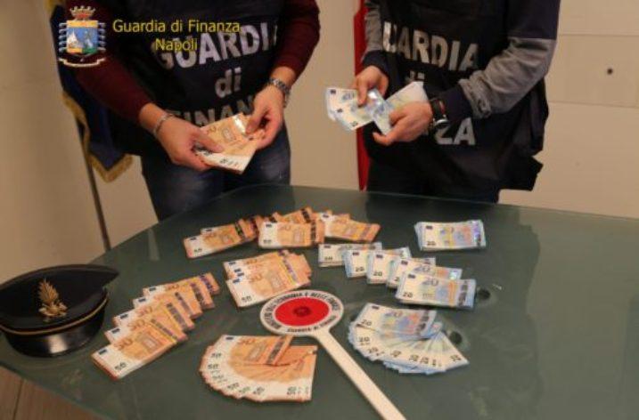 Napoli: sequestrati  oltre 60.000euro contraffatti. Arrestata donna senegalese.