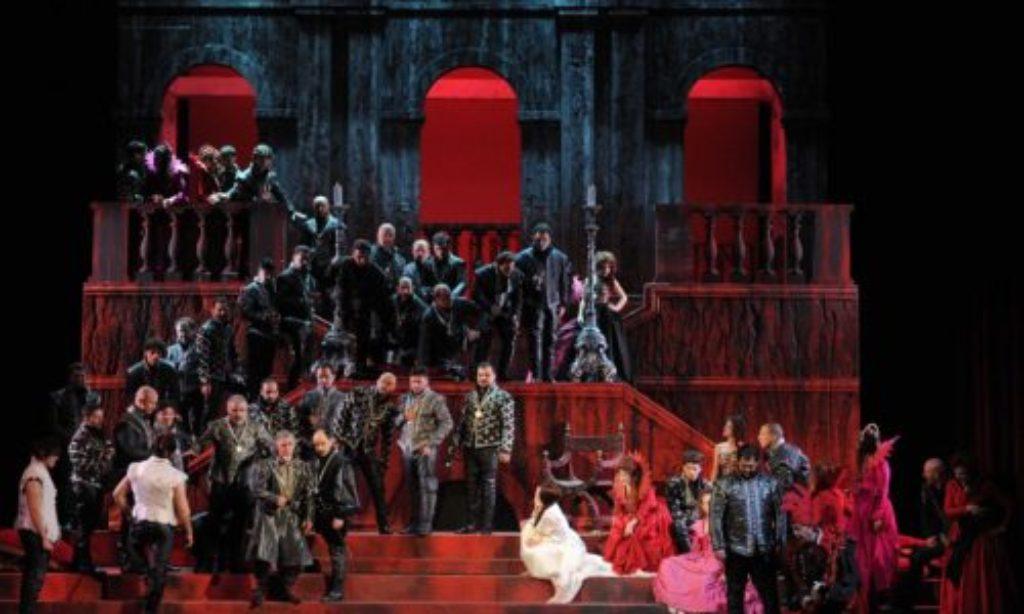 Al Verdi il 2018 si chiude con Il Rigoletto diretto da Daniel Oren