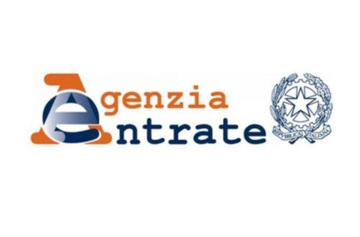 Salerno: arrestato il direttore dell'Agenzia delle Entrate