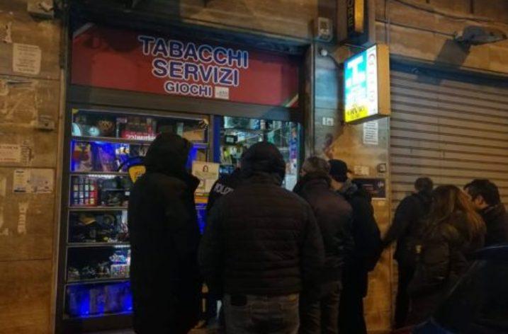 Salerno: rapina ai danni del Tabacchi di via Michele Conforti