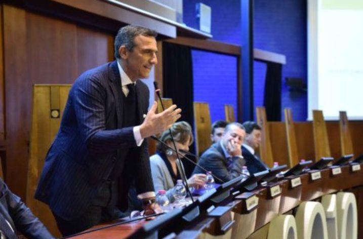 Il campione Paolo Trapanese a UNISAORIENTA