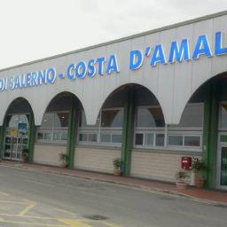 """M5S: """"Aeroporto Pontecagnano, uno scalo green per il rilancio del turismo"""""""