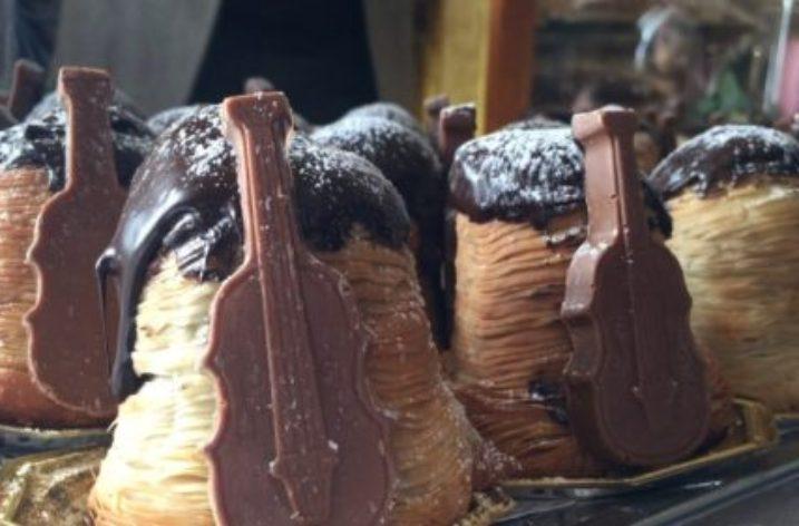 19 Marzo: Napoli festeggia Pino Daniele al Gran Caffè Gambrinus