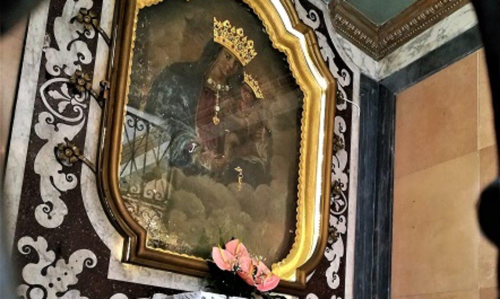 La piccola Cappella della Madonna delle Grazie