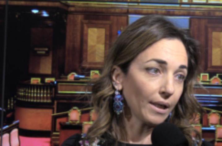 """M5S, Castellone: """"Sanità a due velocità, Campania e Calabria emblemi di un disastro"""""""