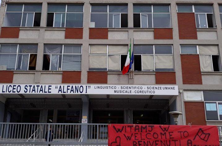 """Gemellaggio studenti Liceo """"Alfano I –  III Liceum Ogolnokształcące Jan Kochanowskidi Cracovia"""