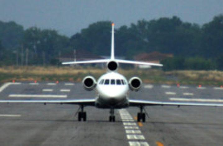 """M5S: """"L'aeroporto di Pontecagnano è realtà, Tria firma la concessione"""""""