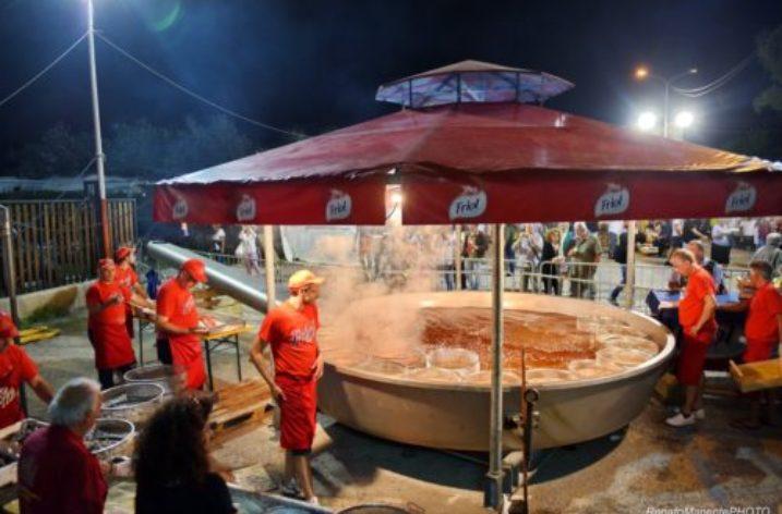 """A Castellabate dal 14 al 16 giugno è """"Festa del Pescato di Paranza"""""""