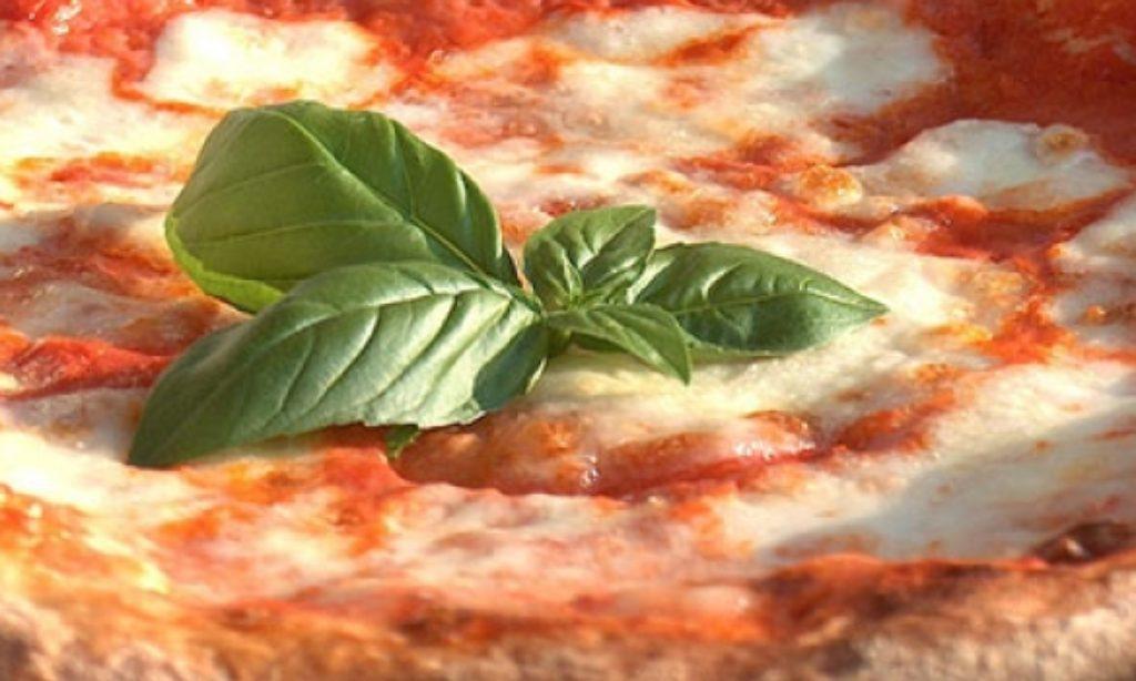"""130 anni di Pizza Margherita, l' """"oro di Napoli"""""""